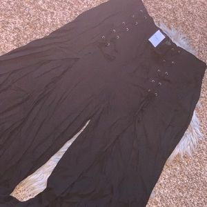 Rue21 black pants with slit in front